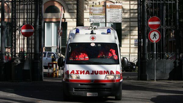 Ασθενοφόρο στην Ιταλία. - Sputnik Ελλάδα