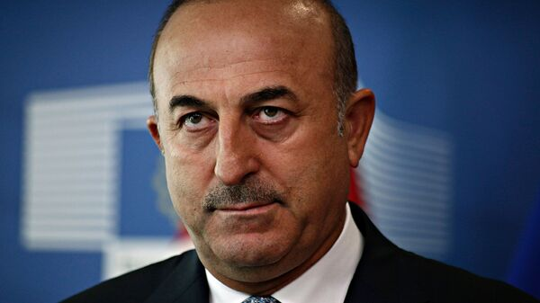 Ο Τούρκος υπουργός Εξωτερικών Μεβλούτ Τσαβούσογλου - Sputnik Ελλάδα
