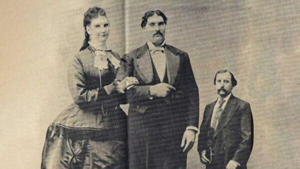 Το ψηλότερο ζευγάρι στην ιστορία - Sputnik Ελλάδα