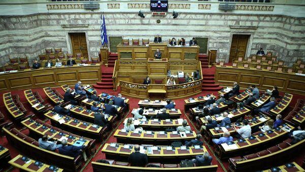 Η ολομέλεια της Βουλής - Sputnik Ελλάδα