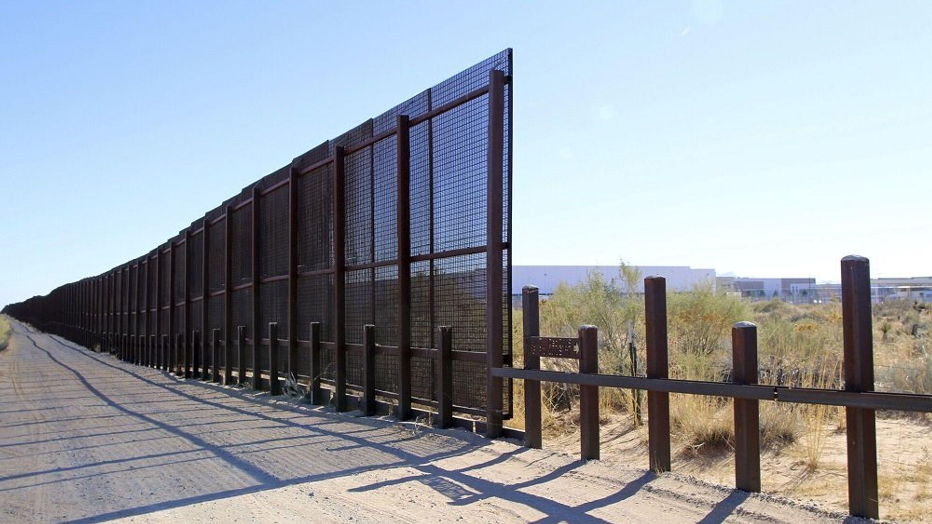 Τείχος στα σύνορα ΗΠΑ - Μεξικού - Sputnik Ελλάδα, 1920, 13.10.2021