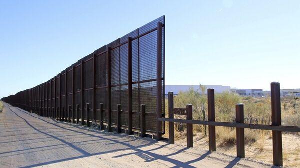 Τείχος στα σύνορα ΗΠΑ - Μεξικού - Sputnik Ελλάδα