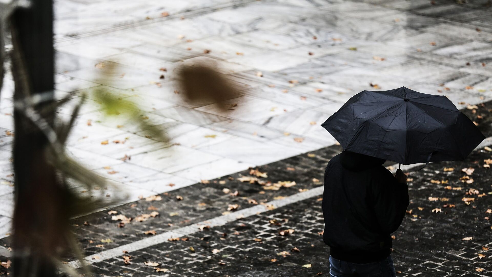 Βροχερός καιρός.  - Sputnik Ελλάδα, 1920, 10.10.2021
