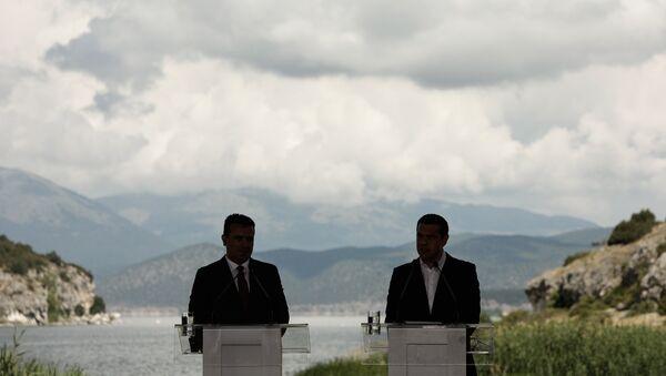 Οι πρωθυπουργοί Αλέξης Τσίπρας και Ζόραν Ζάεφ - Sputnik Ελλάδα