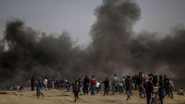 Διαδηλωτές στη Λωρίδα της Γάζας - Sputnik Ελλάδα