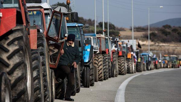 Μπλόκο αγροτών - Sputnik Ελλάδα