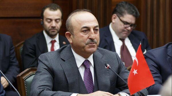 Ο υπουργός εξωτερικών της Τουρκίας, Μεβλούτ Τσαβούσογλου - Sputnik Ελλάδα