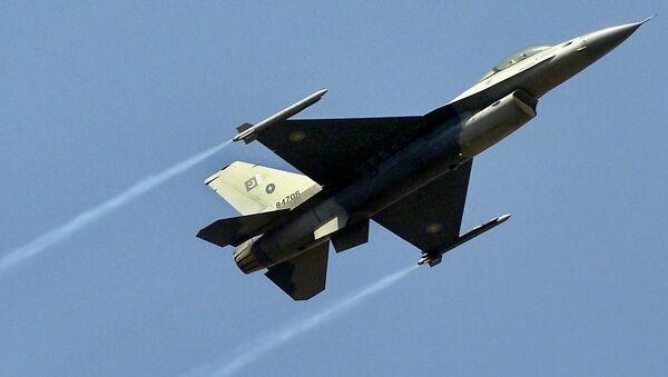 Μαχητικό αεροσκάφος F-16 - Sputnik Ελλάδα