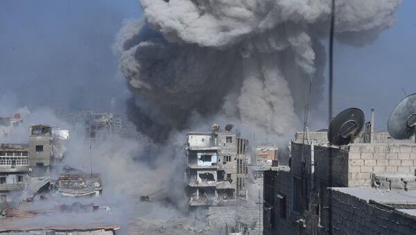 Βομβαρδισμός θέσεων του ISIS στα περίχωρα της Δαμασκού - Sputnik Ελλάδα