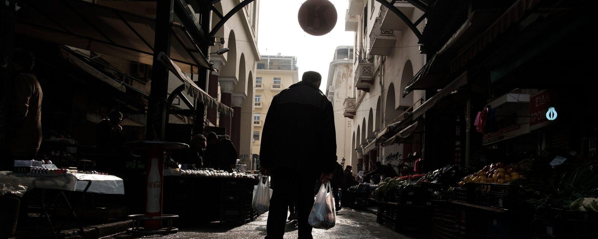 Ψώνια στην Αγορά Βλάλη (Καπάνι) ενόψει της Καθαράς Δευτέρας, Μάρτιος 2019 - Sputnik Ελλάδα, 1920, 21.09.2021