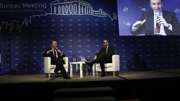 Ο Μάνφρεντ Βέμπερ με τον Κυριάκο Μητσοτάκη στη συνεδρίαση του προεδρείου του ΕΛΚ στην Αθήνα στις 7 Φεβρουαρίου, 2019 - Sputnik Ελλάδα
