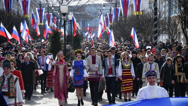 Εορτασμοί για την πέμπτη επέτειο από την επανένωση με τη Ρωσία, στη Συμφερόπολη της Κριμαίας - Sputnik Ελλάδα