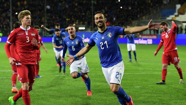 Ο Φάμπιο Κουαλιαρέλα πανηγυρίζει στο Ιταλία - Λιχτενστάιν 6-0 - Sputnik Ελλάδα