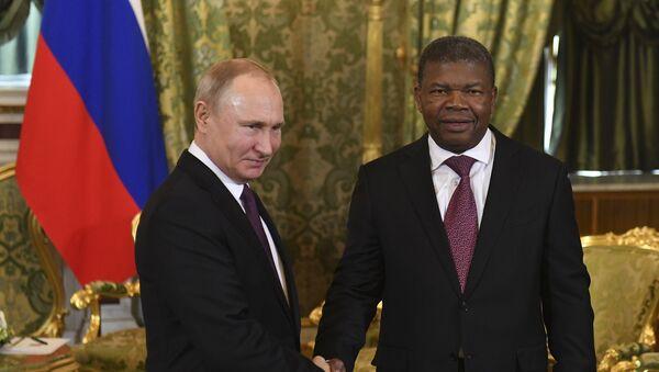 Ο Βλαντίμιρ Πούτιν υποδέχεται τον πρόεδρο της Αγκόλας, Ζοάο Λουρένσο - Sputnik Ελλάδα