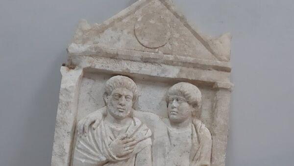Τρεις συλλήψεις για αρχαιοκαπηλία στα Σπάτα - Sputnik Ελλάδα