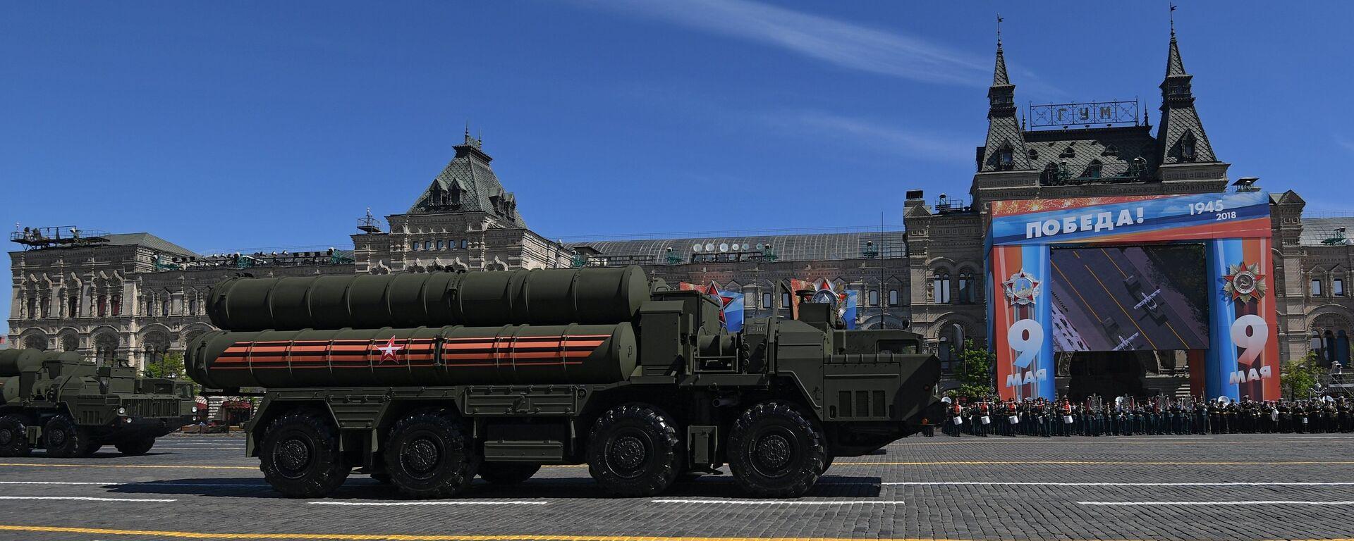 Το αντιπυραυλικό σύστημα S-400 σε στρατιωτική παρέλαση - Sputnik Ελλάδα, 1920, 27.07.2020