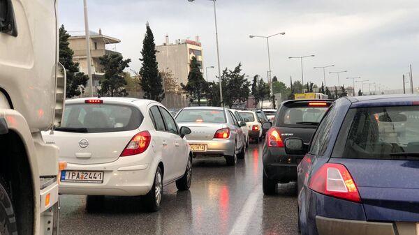 Η κίνηση στην εθνική οδό - Sputnik Ελλάδα