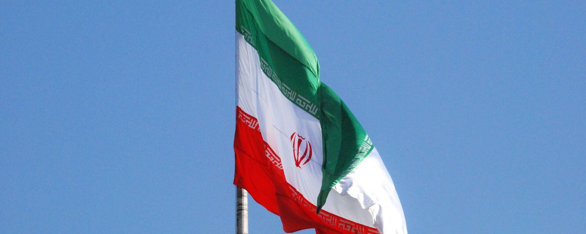 Σημαία του Ιράν σε δρόμο στην Τεχεράνη - Sputnik Ελλάδα, 1920, 24.09.2021