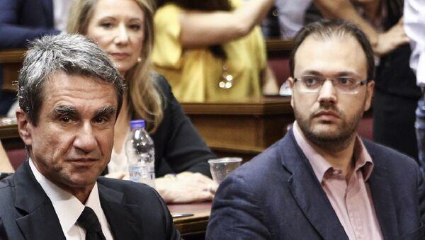 Ο Θανάσης Θεοχαρόπουλος και ο Ανδρέας Λοβέρδος - Sputnik Ελλάδα