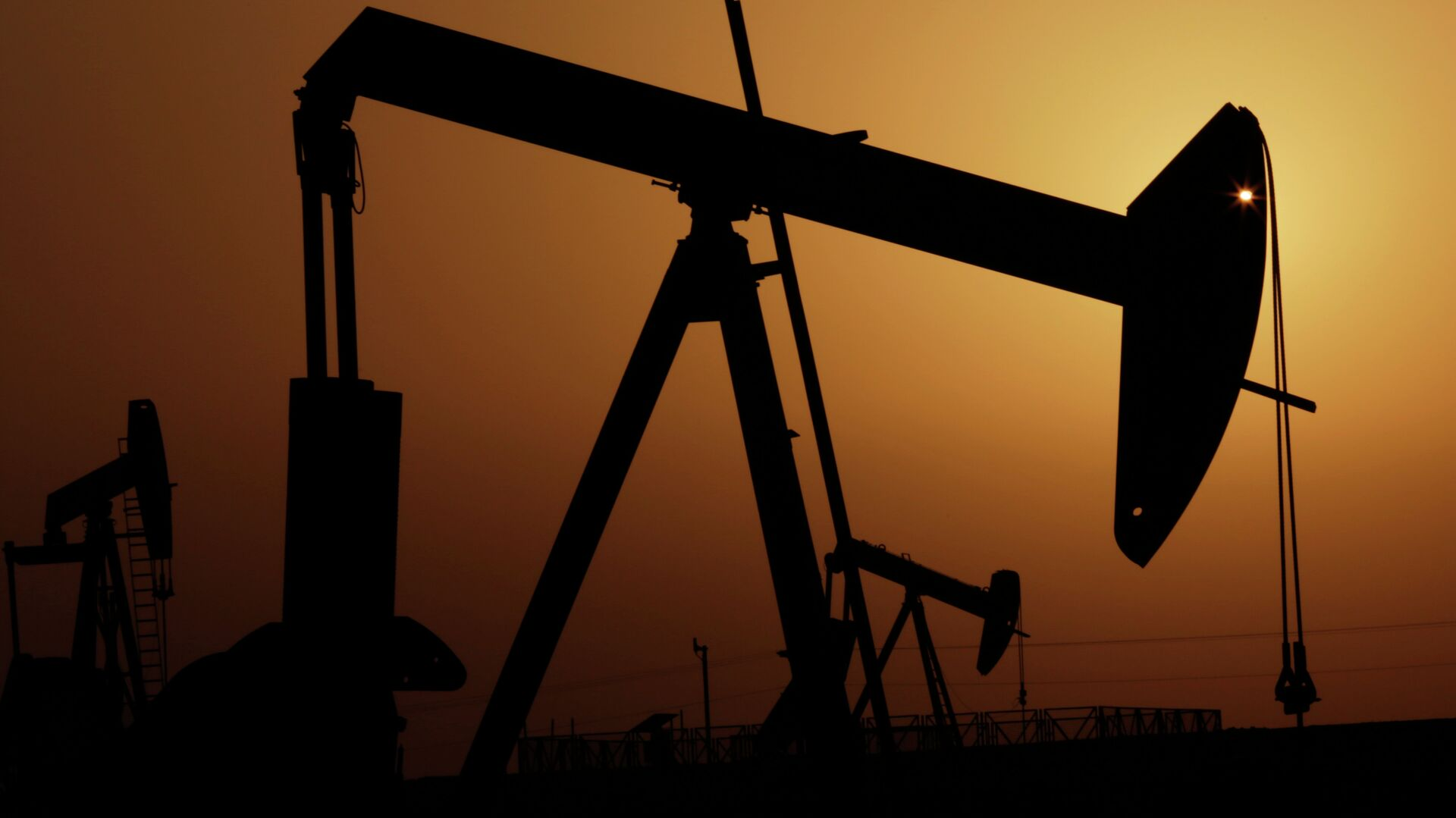 Πετρελαϊκή εγκατάσταση στη Σαουδική Αραβία - Sputnik Ελλάδα, 1920, 01.10.2021
