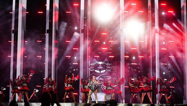 H εμφάνιση της νικήτριας της Eurovision 2018 Νέτα Μπαρζιλάι στη διοργάνωση του 2019 στο Τελ Αβίβ - Sputnik Ελλάδα