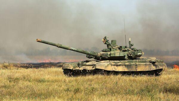 Το ρωσικό τανκ Τ-72 - Sputnik Ελλάδα