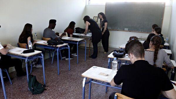 Υποψήφιοι στις Πανελλήνιες Εξετάσεις - Sputnik Ελλάδα