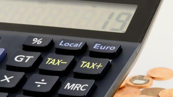 Υπολογισμός φόρου - Sputnik Ελλάδα