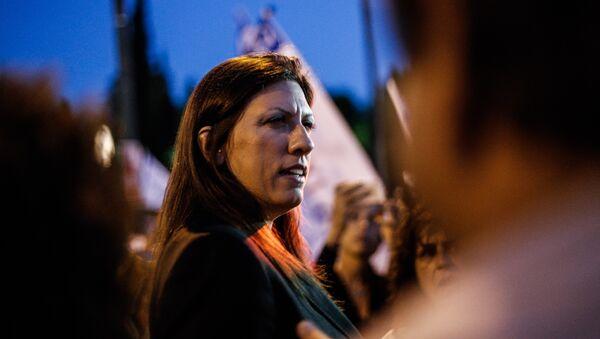 Η Ζωή Κωνσταντοπούλου σε διαδήλωση στο Σύνταγμα - Sputnik Ελλάδα