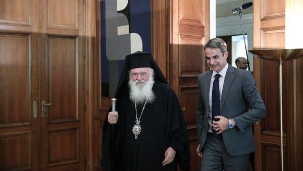 Συνάντηση του Κυριάκου Μητσοτάκη με τον Αρχιεπίσκοπο Ιερώνυμο στο Μέγαρο Μαξίμου - Sputnik Ελλάδα