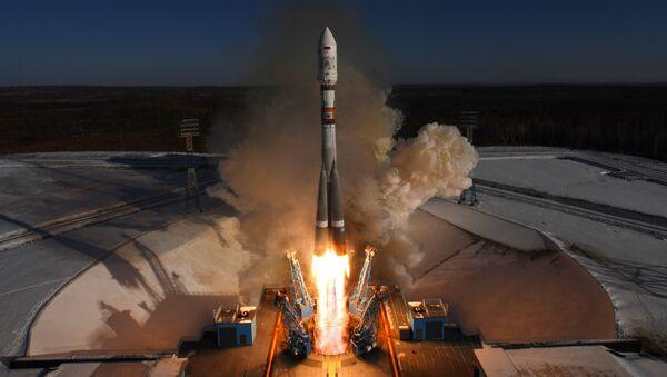 Εκτόξευση πυραύλου Soyuz-2.1a από το κοσμοδρόμιο Βοστότσνι - Sputnik Ελλάδα