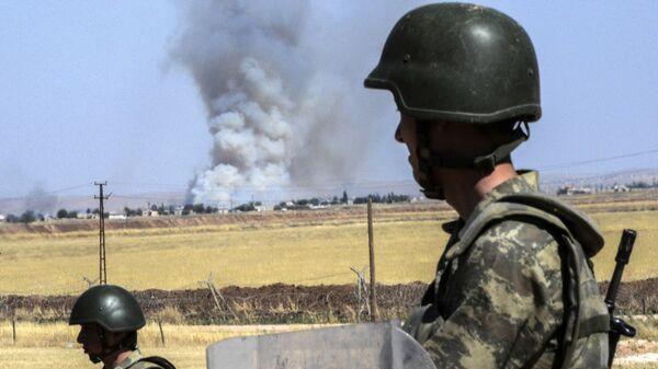 Τούρκοι στρατιώτες στα σύνορα με τη Συρία - Sputnik Ελλάδα