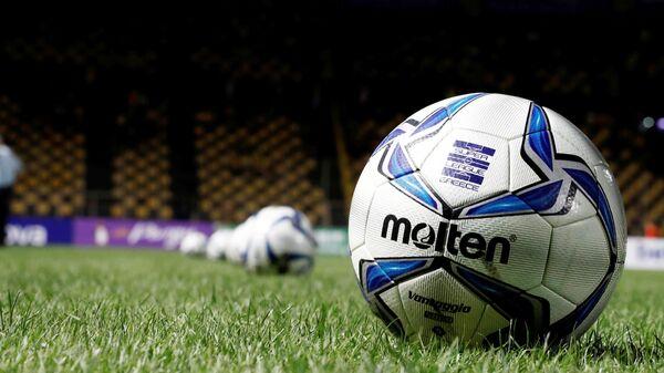 Η μπάλα του φετινού πρωταθλήματος της Super League 1 - Sputnik Ελλάδα