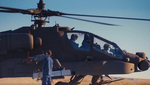 Δοκιμή ισραηλινού πυραύλου σε ελικόπτερο Apache των ΗΠΑ - Sputnik Ελλάδα