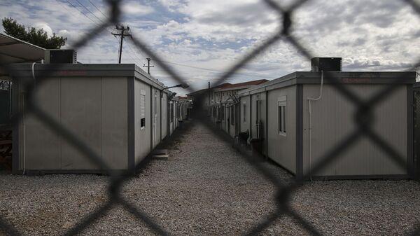 Κέντρο προσωρινής κράτησης μεταναστών της Αμυγδαλέζας. - Sputnik Ελλάδα
