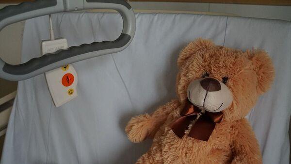 Παιδί στο νοσοκομείο.  - Sputnik Ελλάδα