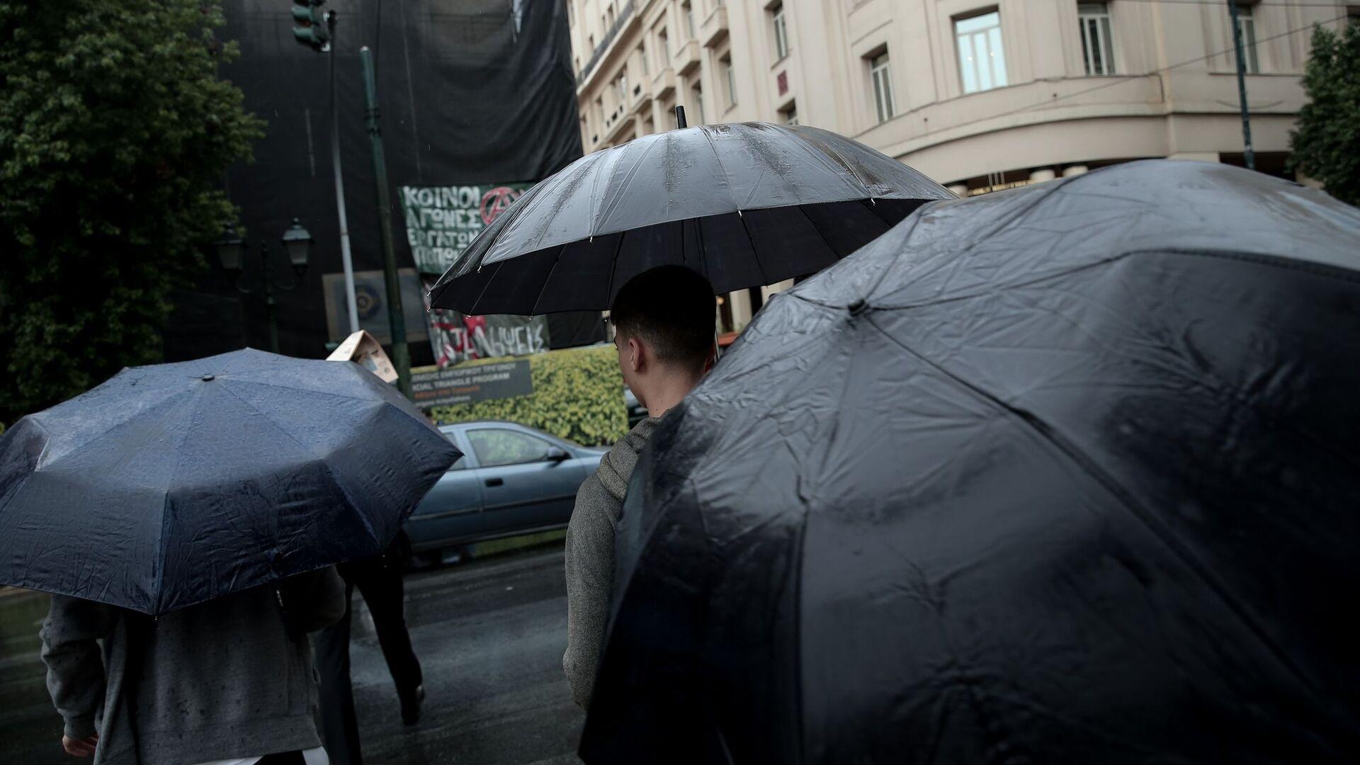 Κακοκαιρία με βροχές και καταιγίδες.  - Sputnik Ελλάδα, 1920, 05.10.2021