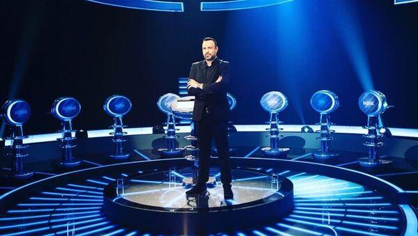 Ο Τάσος Τρύφωνος, παρουσιαστής του τηλεπαιχνιδιού «Ο πιο αδύναμος κρίκος» - Sputnik Ελλάδα