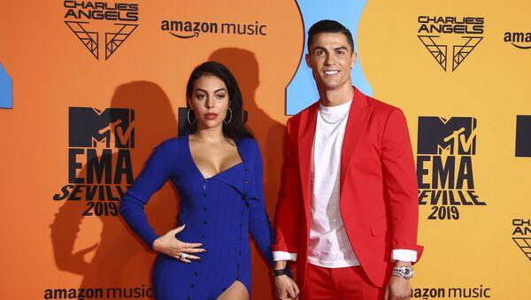 Κριστιάνο Ρονάλντο και Χεορχίνα Ροντρίγκεζ στα βραβεία MTV - Sputnik Ελλάδα