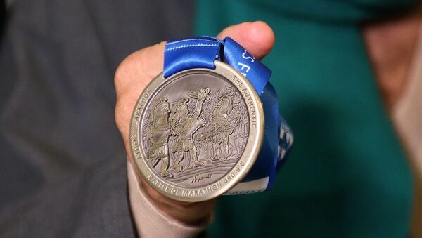 Το μετάλλιο του Αυθεντικού Μαραθώνιου της Αθήνας 2019 - Sputnik Ελλάδα