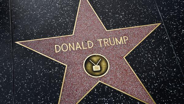 Το αστέρι του Ντόναλντ Τραμπ στη Λεωφόρο της Δόξας, στο Χόλιγουντ - Sputnik Ελλάδα