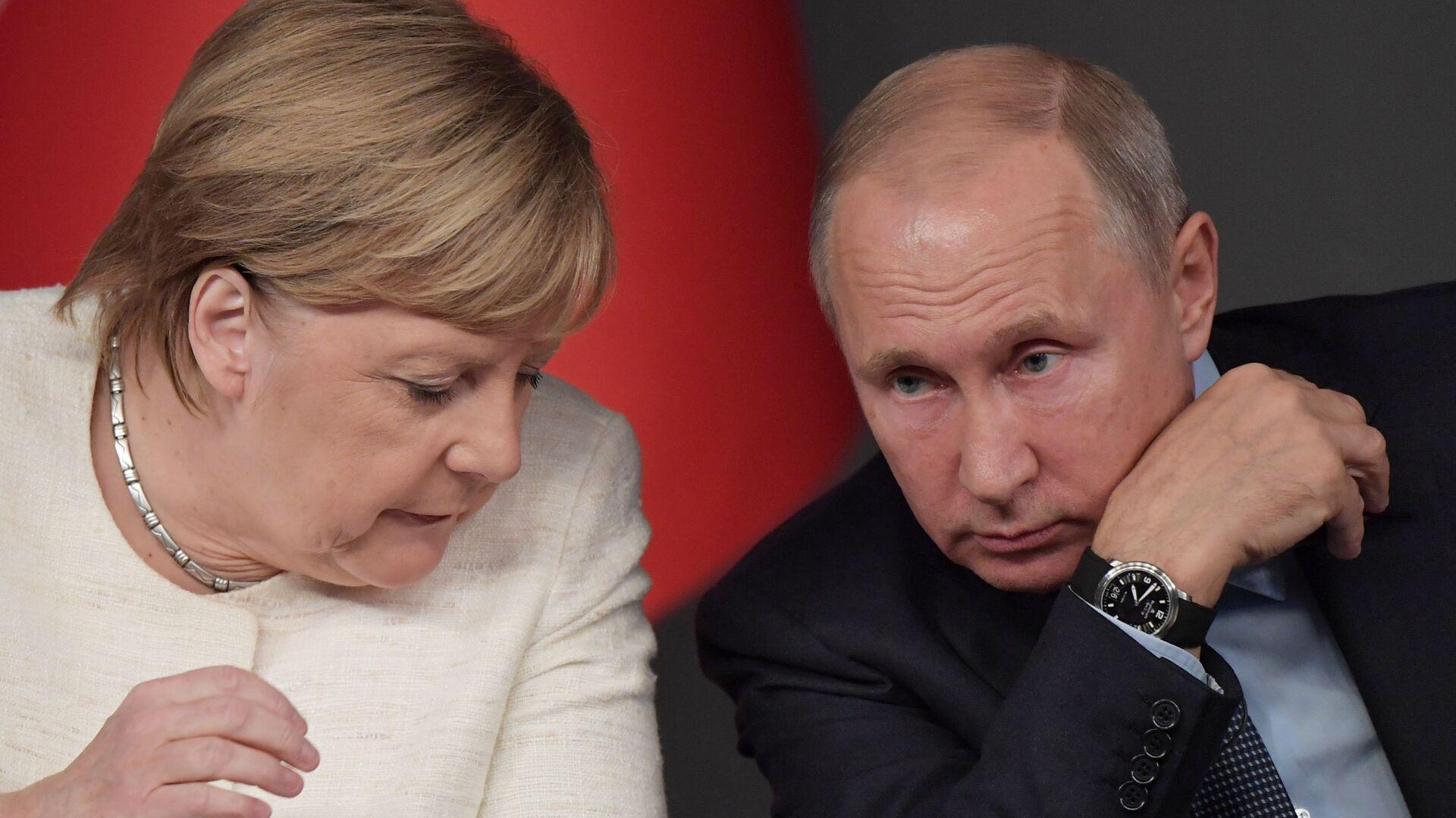 Ο Βλαντιμίρ Πούτιν και η Άνγκελα Μέρκελ.  - Sputnik Ελλάδα, 1920, 11.10.2021
