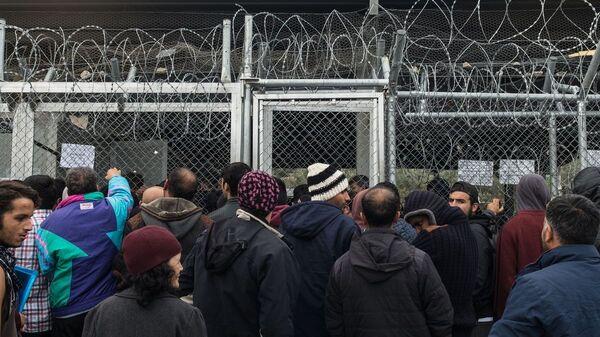 Το καμπ προσφύγων στη Μόρια - Sputnik Ελλάδα