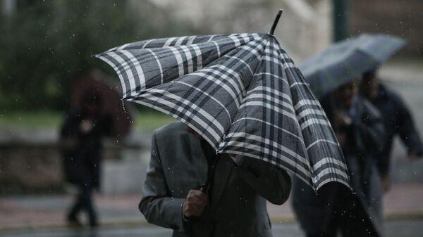 Βροχόπτωση στην Αθήνα. - Sputnik Ελλάδα