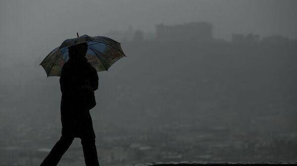 Βροχερό σκηνικό στην Αθήνα.  - Sputnik Ελλάδα