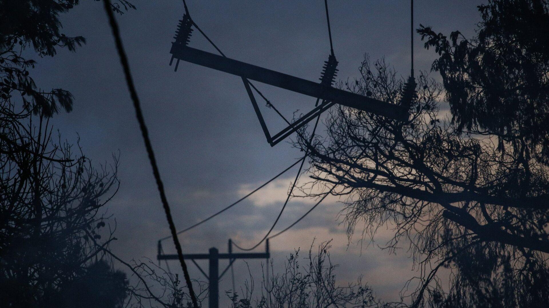 Ζημιές στο ηλεκτρικό δίκτυο της ανατολικής Αττικής  - Sputnik Ελλάδα, 1920, 16.09.2021