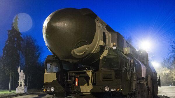 Πύραυλος Topol ICBM. - Sputnik Ελλάδα