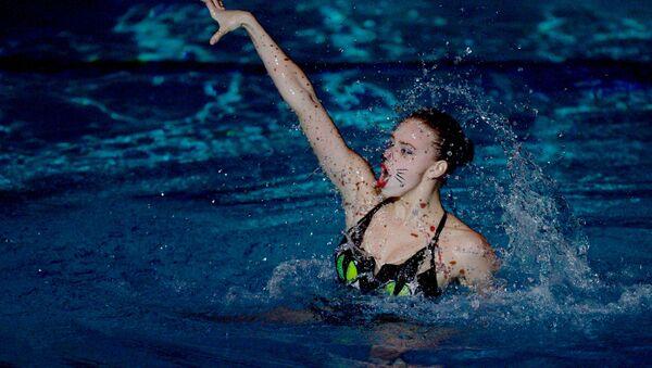 Η Ρωσίδα αθλήτρια της συγχρονισμένης κολύμβησης, Βαρβάρα Σουμπότινα - Sputnik Ελλάδα