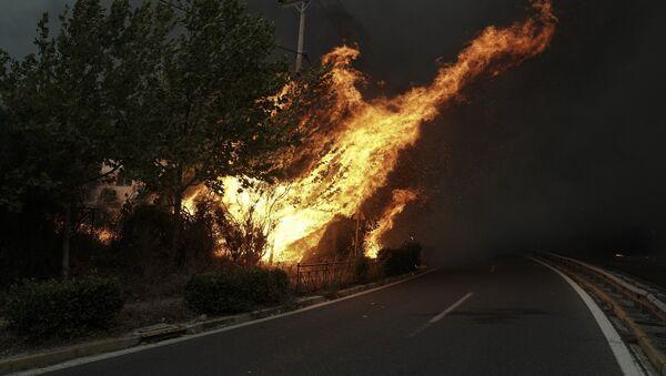Πυρκαγιά στην Πεντέλη - Sputnik Ελλάδα