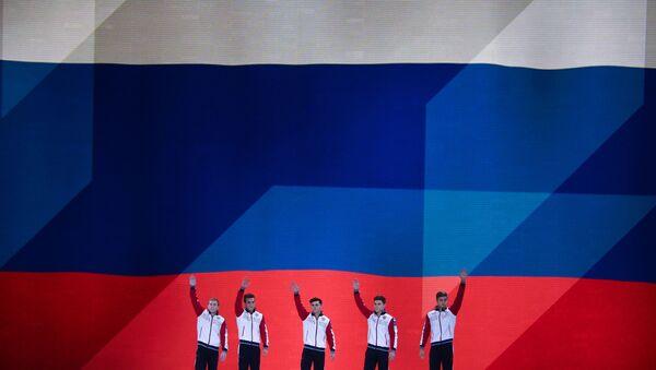 Ρώσοι αθλητές στο τελικό του ομαδικού στο Παγκόσμιο Πρωτάθλημα Γυμναστικής στη Στουτγάρδη - Sputnik Ελλάδα